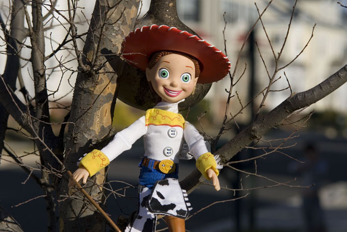 jessie in a tree (toy story)