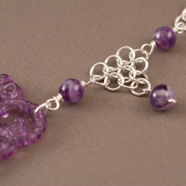 Luscious. Lucite and Sterling Silver Chainmaille Necklace
